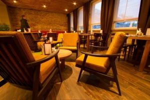 Nostalgia Café & Restaurant