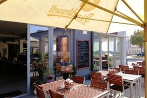 DOPPIO mediteranean restaurant