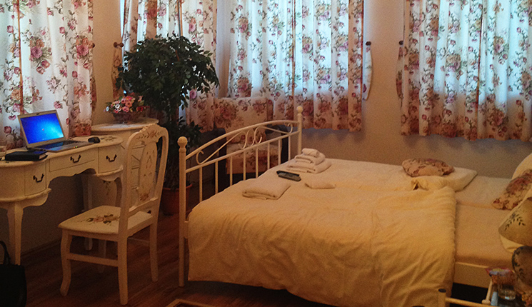 Hotel Dália Košice - reštaurácia - romantická deluxe izba