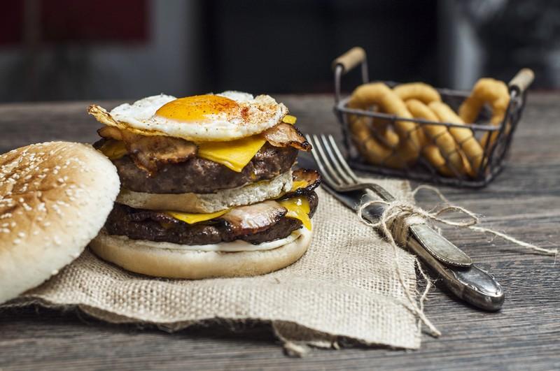 BeAbout - Burger - NA TÝCHTO MIESTACH V BRATISLAVE A OKOLÍ DOSTANETE TIE NAJLEPŠIE BURGRE