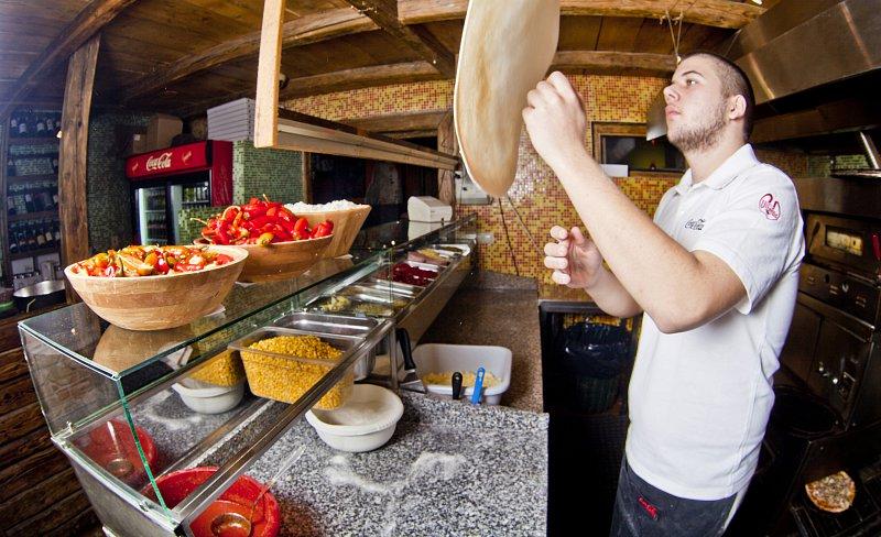 Pizza Kitty - 3 NAJOBĽÚBENEJŠIE REŠTAURÁCIE, KAM NA DOBRÚ PIZZU V TRNAVE