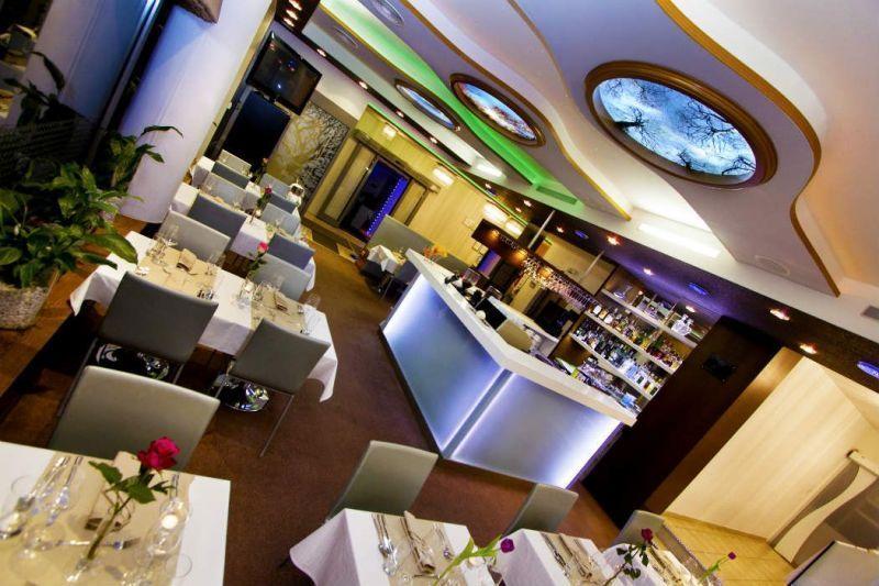 Obed v Bratislave trochu inak. Vyskúšajte business menu. Hotel Danubia Gate na Dunajskej ulici ponúka business menu aj pre vegetariánov