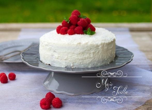slovenské foodbogy #1: Kokosovo-makovo malinová torta od Lucky