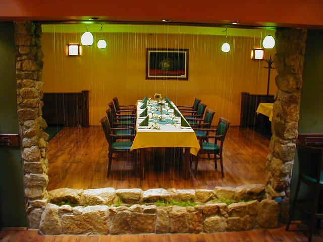 promócie v Bratislave: AQA Restaurant Fazuľová 5 811 07 Bratislava