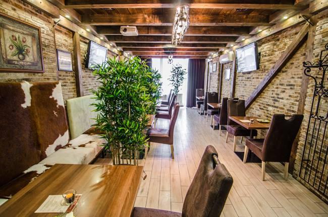 promócie v Bratislave: Reštaurácia Galéria, Mierová 4, 821 05 Bratislava-Ružinov, foto: www.facebook.com/galeriabratislava/