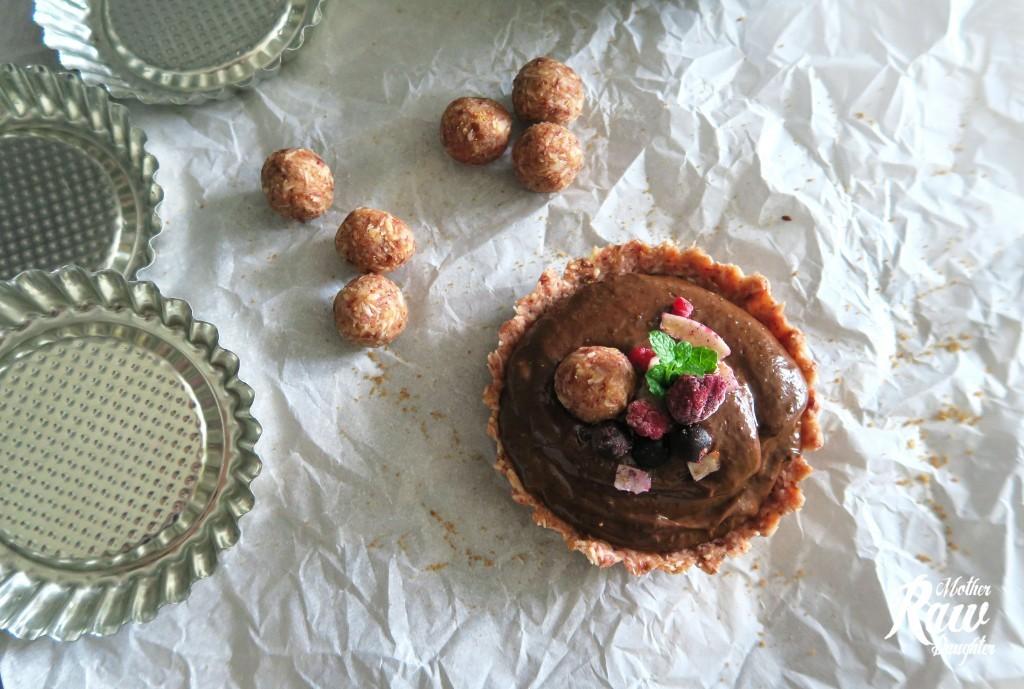 slovenské foodblogy #2: Raw Mother&Daughter: Raw čokoládové tartaletky