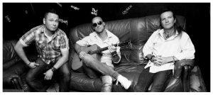 Silent trio @ Pub u Zeleného stromu | Bratislava | Slovensko