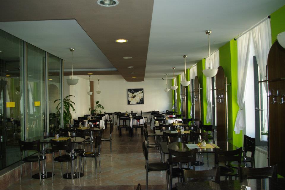 vegetariánske a vegánske reštaurácie: City Vegetarian, Obchodná 58, Bratislava, foto: facebook.com/city-vegetarian