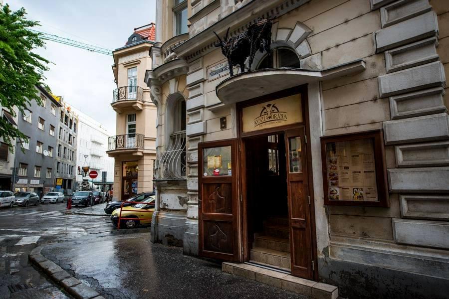 Kozia brána Bratislava - reštaurácia