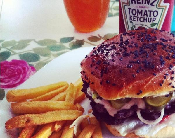 Juraj Sasko: Domáci hamburger od manželky, foto: archív J.S