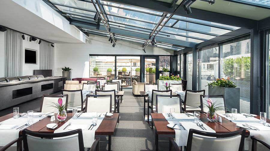 Brassere Anjou Sheraton Bratislava hotel - promócie