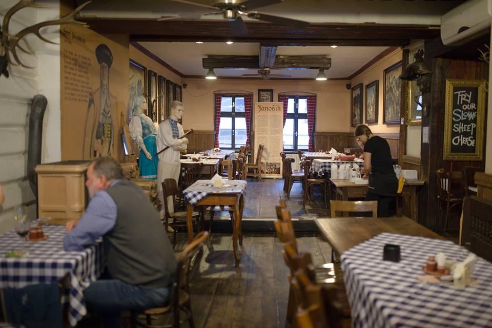 Slovak Pub Bratislava - Jánošík - Menučka magazín