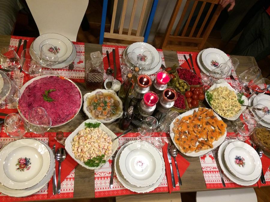Inna Semi - vianočný stôl