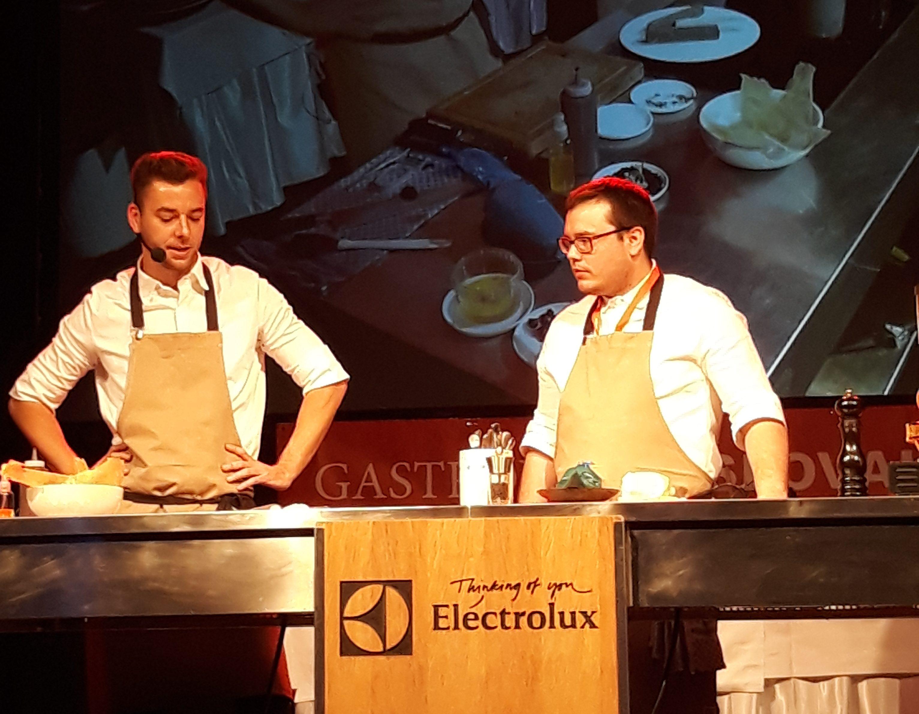 Gastronomy Slovakia 2018: Lukáš Hesko s asistentom na pódiu
