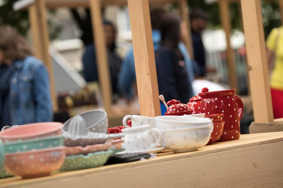 Eco Village: Jedným z lokálnych predajcov bude aj tento rok chránená dielňa Majolika - R, foto: ecovillage.sk