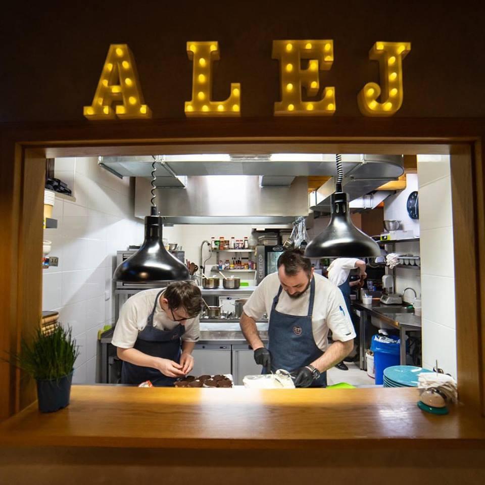 ALEJ Bojnice: Proces prípravy jedla, foto: FB ALEJ Bojnice